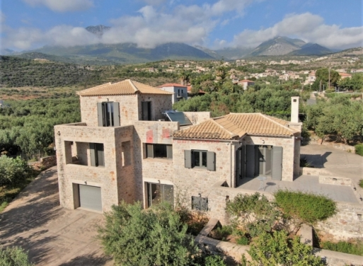 Stoupa Einfamilienhaus 370 qm