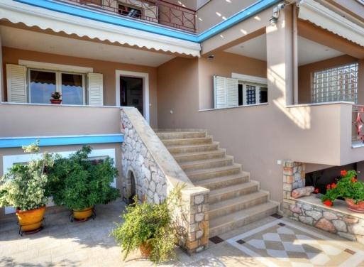 Plitra Einfamilienhaus 328 qm