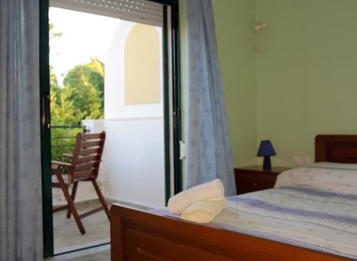Άγιος Αιμιλιανός, Κρανίδι Ξενοδοχείο 675 τ.μ.