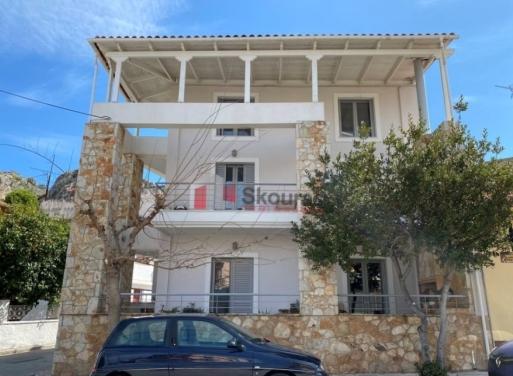 Nafplio Zentrum Einfamilienhaus 225 qm