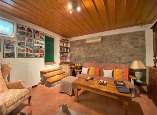 Nafplio Zentrum Einfamilienhaus 239 qm
